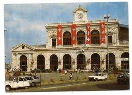 LILLE -- La Gare   (voitures Dont  Citroen 2CV  )............à Saisir - Lille