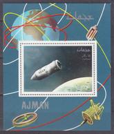 1968Ajman335/B LuxManned Spacecraft Vostok - Raumfahrt