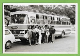 Moçamedes - Excursão - Meninos Junto Ao Autocarro - Bus - Mercedes - Deutschland - Angola - Portugal. - Angola