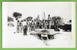 Vila Teixeira De Sousa - Militares Tirando Água Da Nora. Azenha. Watermill. Watermolen. Moulin à Eau. Angola. Portugal. - Angola