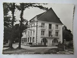 La Foret - Fouesnant - Hotel De La Plage à Kerleven, Bar, Restaurant - Editions Du Moulin - Flamme - CPSM GF - La Forêt-Fouesnant