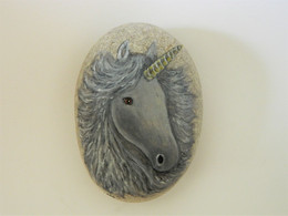 Original Painting Of A Unicorn On A Smooth Beach Stone Paperweight - Briefbeschwerer