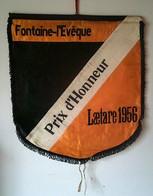 Etendard / Banière 1956 Fontaine-L'Evêque / Laetare  ( Carnaval ) En Soie Orange Et Noire. ( Prix D'Honneur ) Superbe - Carnival
