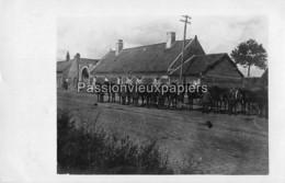 CARTE PHOTO ALLEMANDE  FONTAINE NOTRE DAME 1917 MGK 89  APPEL Des CHEVAUX   FERME ? - Other Municipalities