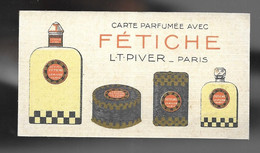 Carte Parfumée Avec Fétiche, Sur Sa Feuille / Présentoir. Calendrier 1926. L.T. Piver, Paris - Parfumkaarten