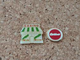LOT DE 2 PINS MARQUE MAGASIN CASINO LOGO VOS GERANTS - Trademarks