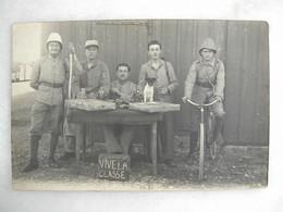 CARTE PHOTO - Militaria - Groupe De Militaires En Uniforme - Personajes