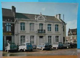 GONDECOURT  59  La Mairie Avec Parking Autos En 1970 - Otros Municipios