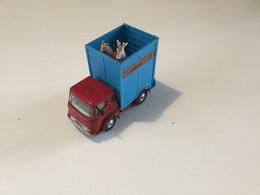Corgi Toys (~1965) : Camion Bedford : Transport De Girafes (cirque Chipperfields). Pas De Boîte Et 1 Rétro Cassé - Jugetes Antiguos