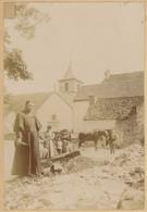 L'Église Et Le Curé De Bussy-la-Pesle (Côte-d'Or), Près De Blaisy. 1896. Album De L'historien Gérard De Beauregard. - Antiche (ante 1900)