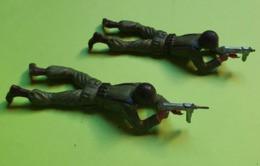 Lot 2 Figurines Soldat Jouet STARLUX - Plastique - ARMÉE DE TERRE - Tireur Allongé - état D'usage : 1 Cassé- Années 1960 - Starlux
