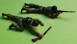 Lot 2 Figurines Soldat Jouet STARLUX - Plastique - ARMÉE DE TERRE - Fusil Tireur Allongé - état D'usage - Années 1960 - Starlux