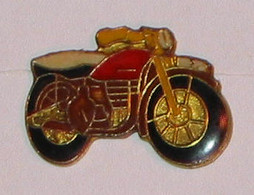 Pin's MOTO 015 - Motorfietsen