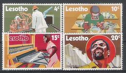 Lesotho N° 218/21 Yvert NEUF * - Lesotho (1966-...)