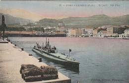 Port-Vendres : Le Port. (présence D'un Sous-marin). - Submarines