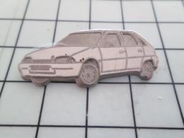 1018a Pin's Pins / Rare Et De Belle Qualité !!! THEME AUTOMOBILES / CITROEN AX LEGER RELIEF Par DECAT - Citroën