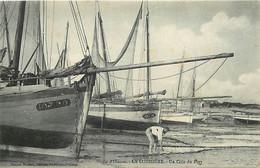 - Charente Maritime -ref-H989- Ile D Oleron - La Cotinière - Un Coin Du Port - Pêcheur - Bateaux - Edit Moureau - - Ile D'Oléron