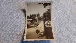 Foto RAD Mann Auf Wache Neben Wachhäuschen Spaten Uniform 2 WK Militär - 1939-45
