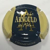 112 - Capsule De Champagne - Michel Arnould Et Fils - Grand Cru Verzenay (bleu Foncé Contour Crème) - Otros