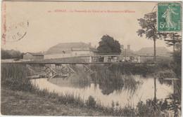 CPA   STENAY LA PASSERELLE DU CANAL ET LA MANUTENTION MILITAIRE - Andere Gemeenten