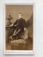 Cdv Enfant Sur Un Meuble Mode Carette Phot Photo Lille Rijsel - Non Classificati