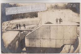 CPA PHOTO - BELGIQUE - KNOKKE - MILITARIA 1914-1918 - CANON TOURNANT BERTHA POINTE Et TIRANT Sur L'ANGLETERRE - RARE - Knokke
