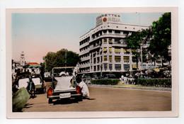 - CPA SAIGON (Sud Viet-Nam) - Boulevard Charner En Face De L'Hôtel De Ville - Photo NGOC-HAI N° 16 - - Vietnam
