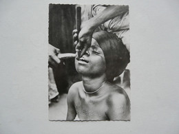 CPA  AFRIQUE - DAHOMEY : La Taille Des Dents - Dahomey