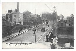 Cpa...Nantes...(Loire.-Inf.)...boulevard Victor-hugo..au Premier Plan Le Pont Des Récollets..(chaudronnerie Coyac).1923. - Nantes