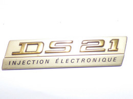 Monogramme Doré DS21 INJECTION ELECTRONIQUE Pour Citroën DS Pièce D'origine D'occasion - Auto's