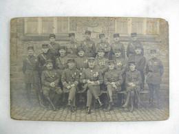 CARTE PHOTO - Militaria - Photo De Régiment - Souvenir De Bitche - Officiers Du 55ème B.C.M.I.C. - Regimente