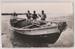 CPSM   Denneville  (50) Retour De La Pêche Aux Crabes Sur La Barque CH 354      Ca Pince !! Ed Lucien  Assez Rare - Altri Comuni