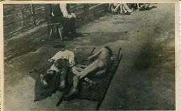 14572 -1946 Deux Malades Se Réc  - MAUTHAUSEN CAMP DE LA MORT  DE CONCENTRATION EXTERMINATION SHOAH  JEWISH GUERRE 39/45 - War 1939-45