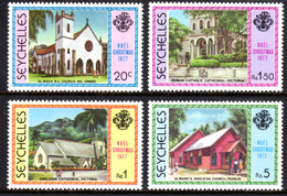 SEYCHELLES - 1977 CHRISTMAS SET (4V) FINE MNH ** SG 420-423 - Seychellen (1976-...)