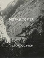 Gorges De La BOURNE Grande Photo 28 X 21 Cm Isère Montagne Alpes - Plaatsen