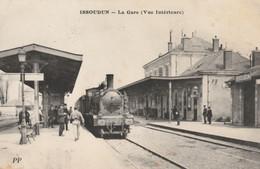 ISSOUDIN (Indre) - La Gare (Vue Intérieure). - Edition P P. Circulée. Bon état. - Issoudun