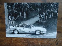 Photo ( De Presse ) RALLYE   OPEL CALIBRA ( Bruno THIRY - Stéphane PREVOT )  ( +/-  1992 ) - Cars