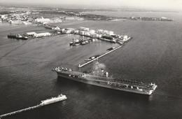 Porte-avion Clémenceau Arrivant Au Port De Dakar - 1961 - Guerre