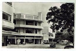 BRAZZAVILLE - Une Rue - Circulée 1955 - Beau Timbre - Format 9x14 - Bon état - Brazzaville