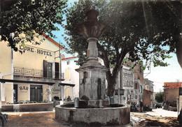 SAINT-ETIENNE-les-ORGUES - Place De La Fontaine Et La Bonne Auberge, Chez Comte - Lure-Hôtel - Bar - France