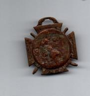 Croix Médaille 1916 Sans Ruban - Guerre 1914 - Avers Très Usé - Recto : Marne Yser Verdun Somme - Francia