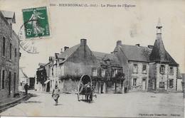 HERBIGNAC - LA PLACE DE L'EGLISE - Herbignac
