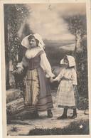 ***  FANTAISIE *** Mere Et Enfant   Précurseur Timbré TTB - Vrouwen