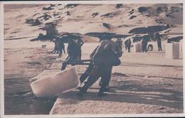 Davosersee GR, Ouvriers De La Glacière Sortant Les Blocs De Glace Du Lac (3737) - GR Grisons