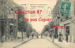 93 ☺♦♦ NEUILLY PLAISANCE < La RUE Du MARCHÉ - Neuilly Plaisance