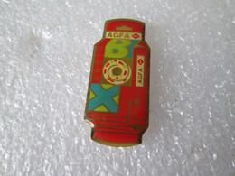 PIN'S     AGFA  PHOTO BOX - Photography