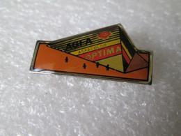 PIN'S     AGFA   OPTIMA - Photography