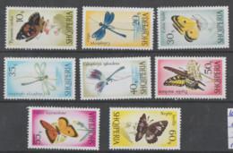 Albania  1966  **  Mnh  Yvert   872/79  Valor 15 €  Mariposas - Albanie