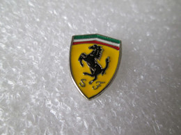 PIN'S   LOGO   FERRARI   Email A Froid - Ferrari