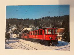 Train Rouge Ligne Nyon -St-Cergue-Morez - Trains